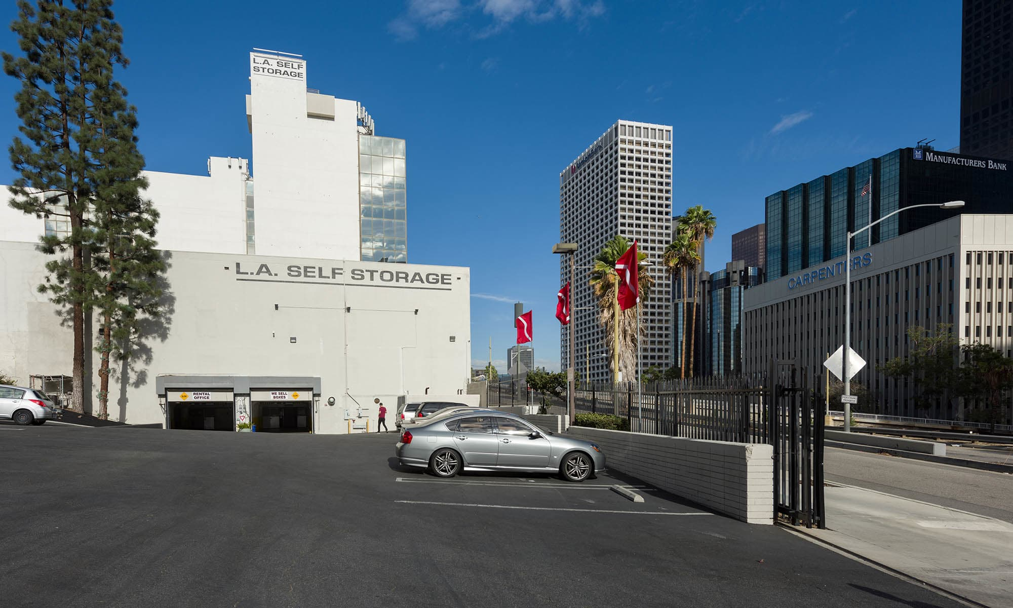 Los Angeles Self Storage - Home of the 1st Year Price Guarantee!