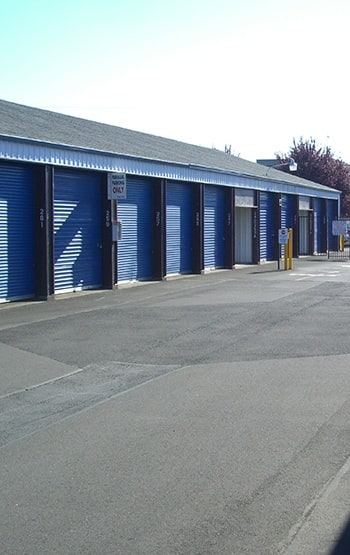 Storage features in Coos Bay