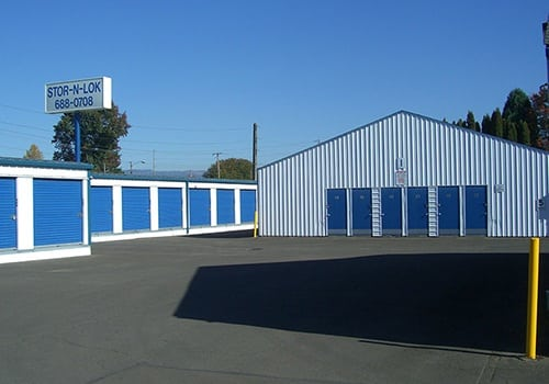 Convenient self storage at Stor-n-Lok Eugene