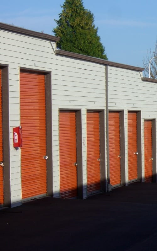 Storage features in Troutdale