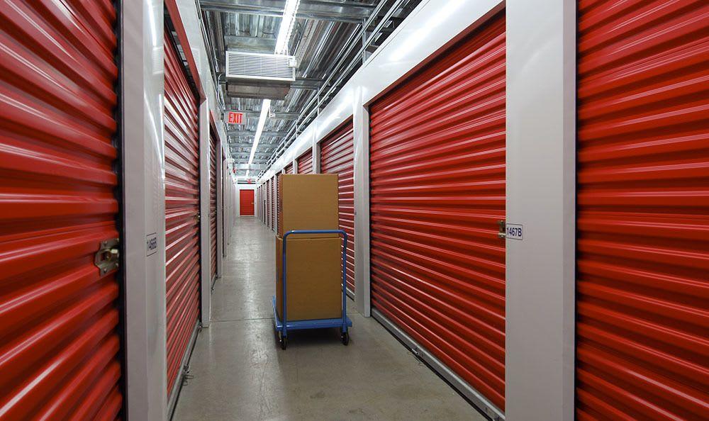 Spacious self storage units in Surrey