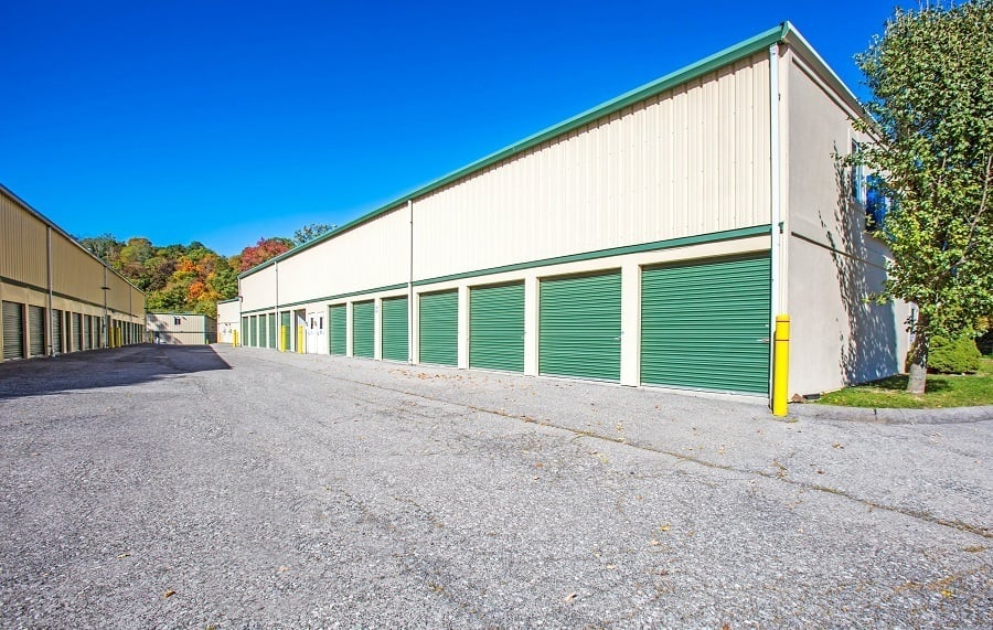 Outdoor Storage Units in Briarcliff Manor