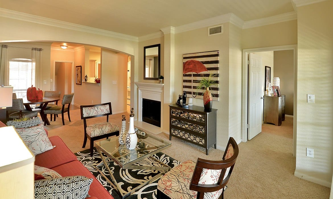 When it comes to entertaining large groups at Bentley Place at Willow Bend, reserve our clubhouse and you'll have plenty of room and all the conveniences you require.