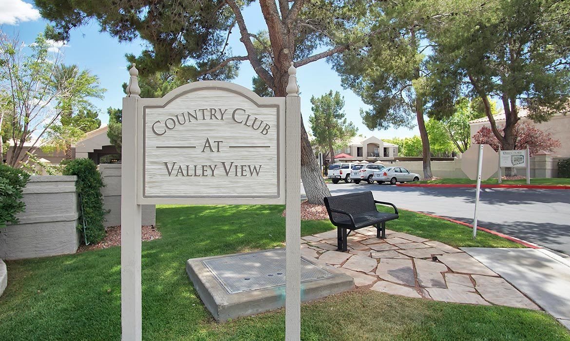 Country Club at Valley View is the best in NV apartment living!