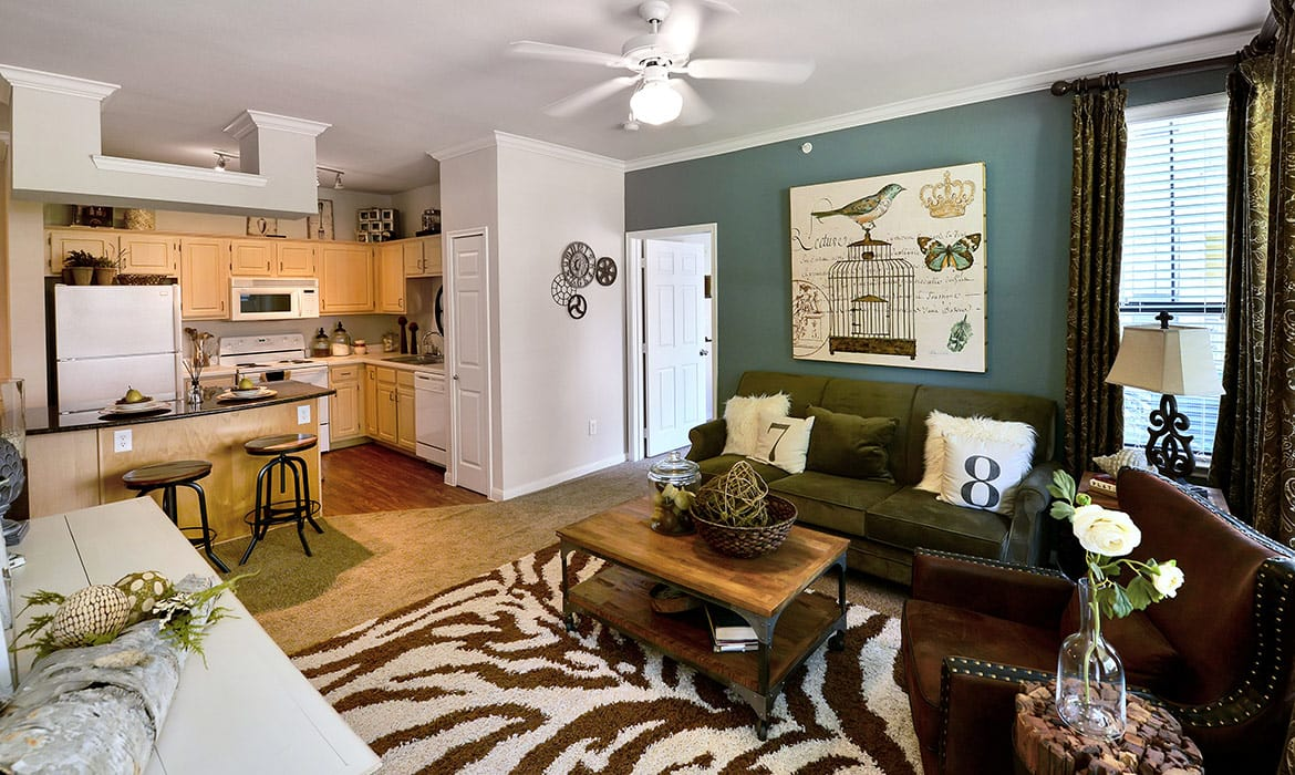Learn why our residents love living at Cypress Lake at Stonebriar; schedule your tour today.