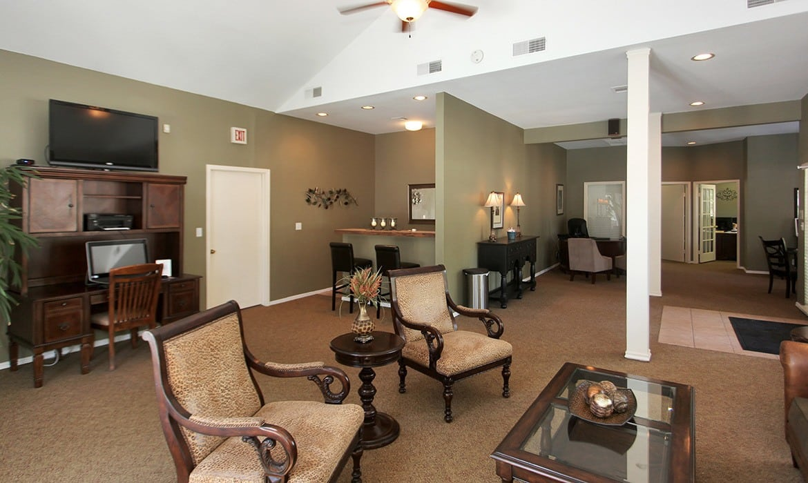 Make your living space your own at Greenbriar Apartments; our spacious luxury apartments have plenty of room here in Tulsa.