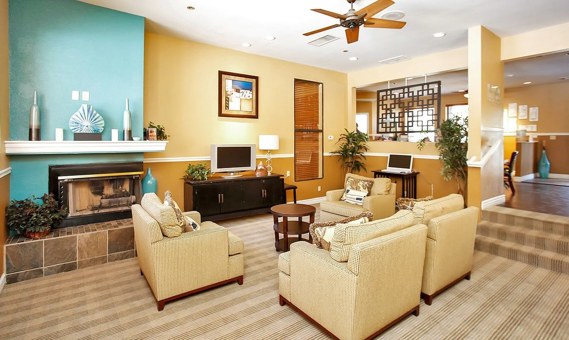 Come home to Pavilions at Pantano Apartment Homes luxury apartments in Tucson.