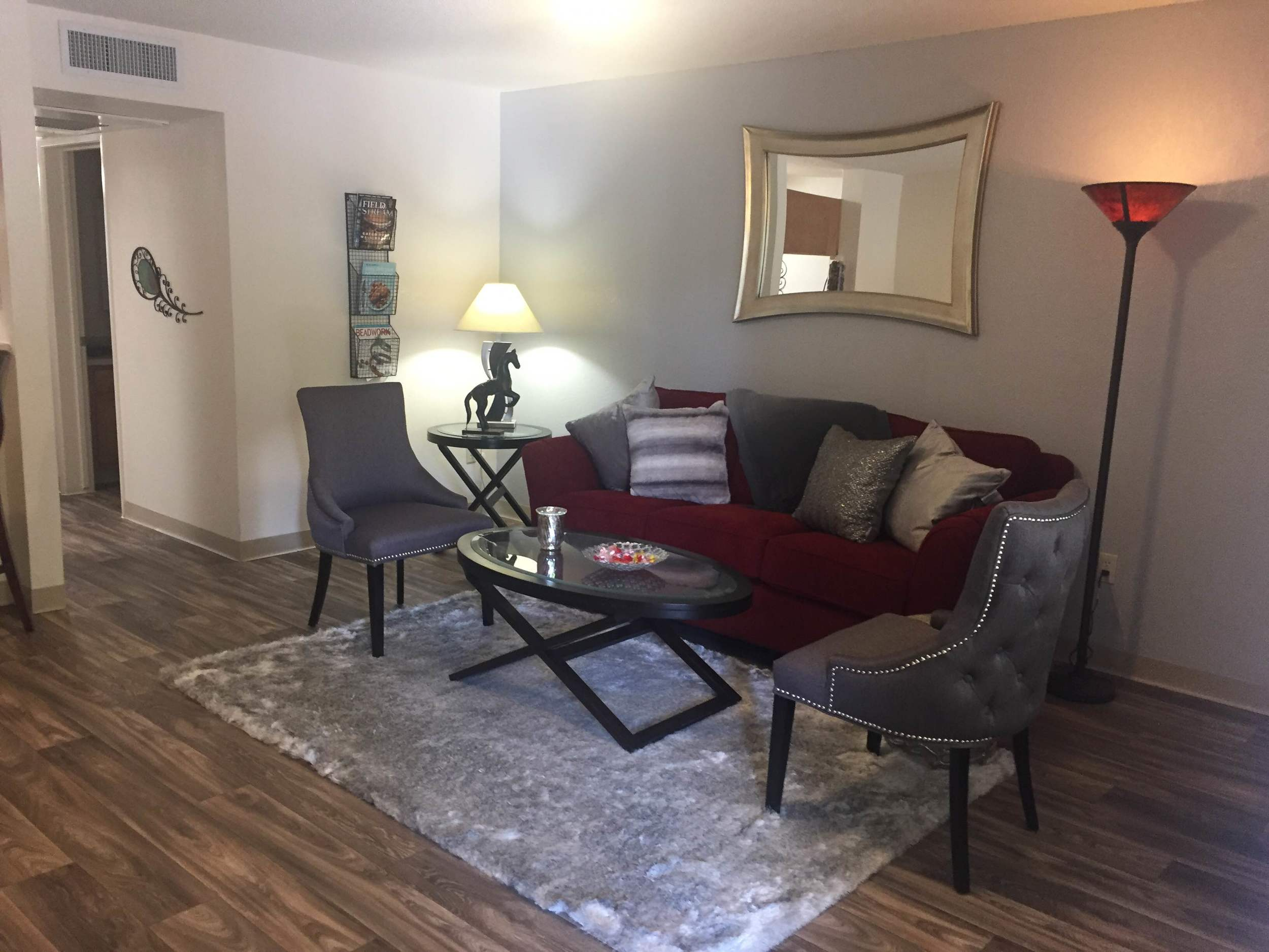 Make your living space your own at Pavilions at Pantano Apartment Homes; our spacious luxury apartments have plenty of room here in Tucson.