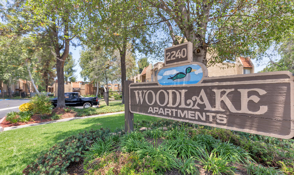 At the end of the day, there's no better place to rest than your expansive bedroom at Woodlake Apartments in Escondido.