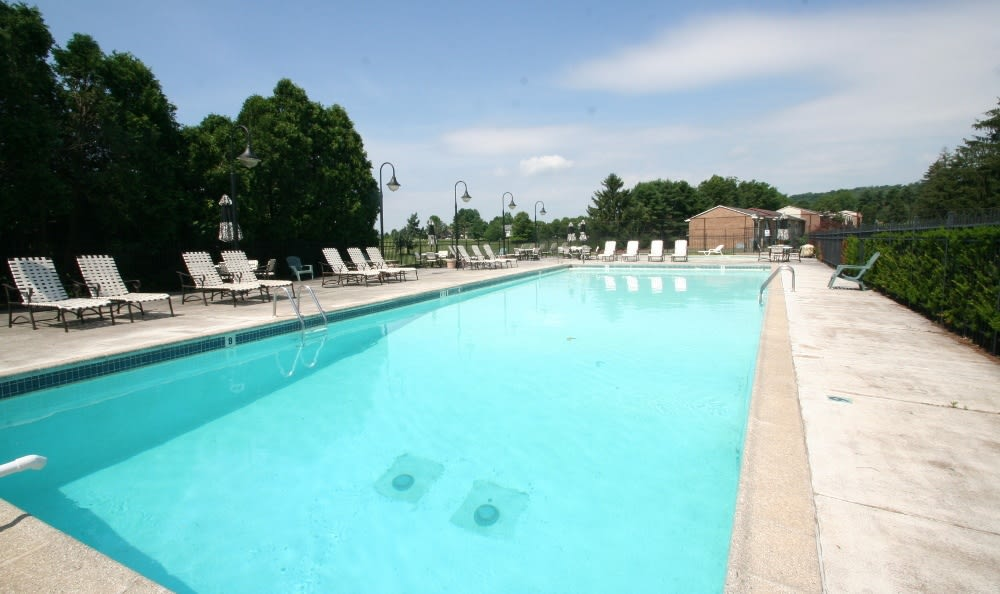 Pool At Apartments For Rent In Thorndale