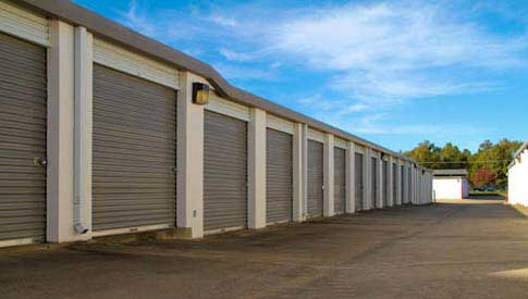 Look at the variety of units at StorageMax Lakeland!