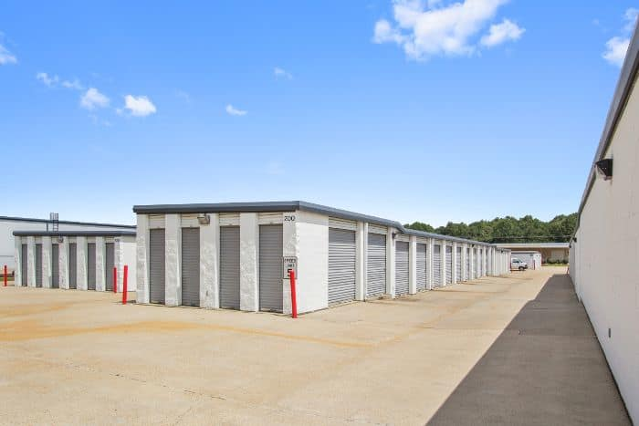 Storage units for rent in Flowood, MS