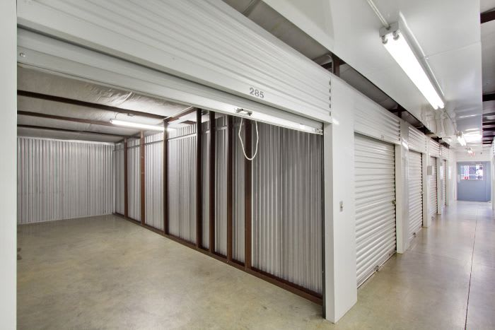 Storage units for rent in Pearl, MS