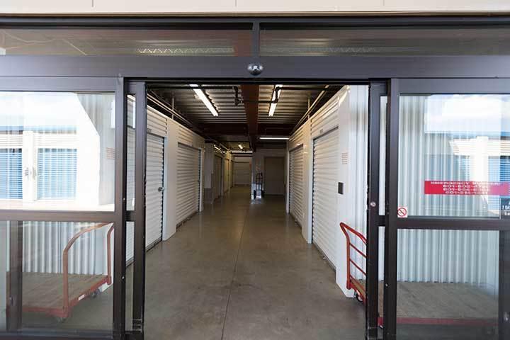 StorageMax Gluckstadt has a nice entrance.