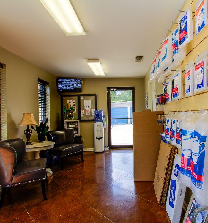 Self storage in Brandon offering moving supplies