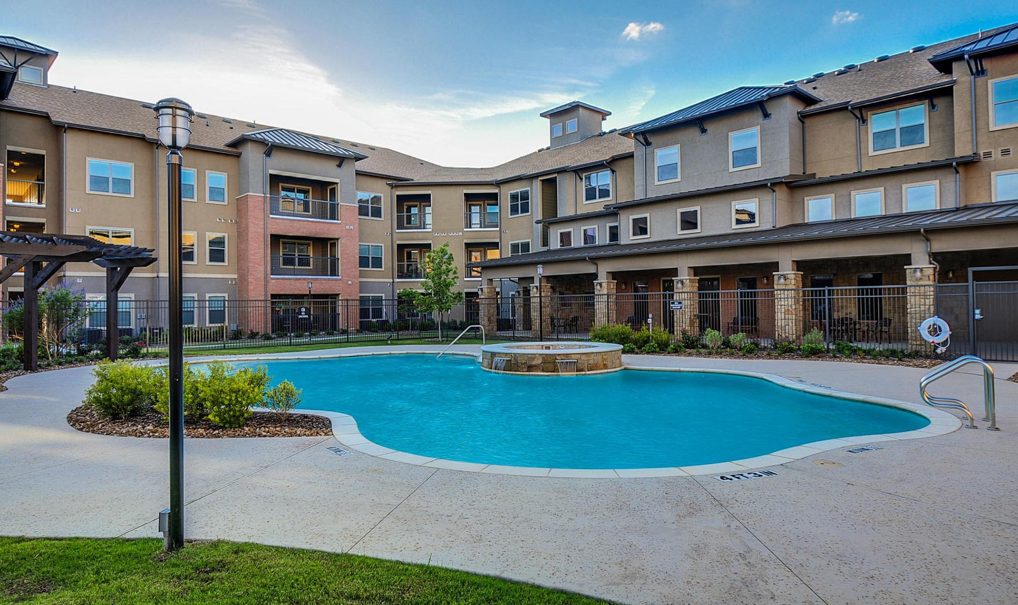 Beautiful Resort-style Pool at The Aspens at Central Park in Grand Prairie, TX