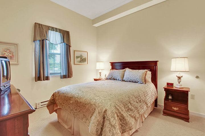 One Bedroom Apartment Living At Our Senior Living Home In Blandon