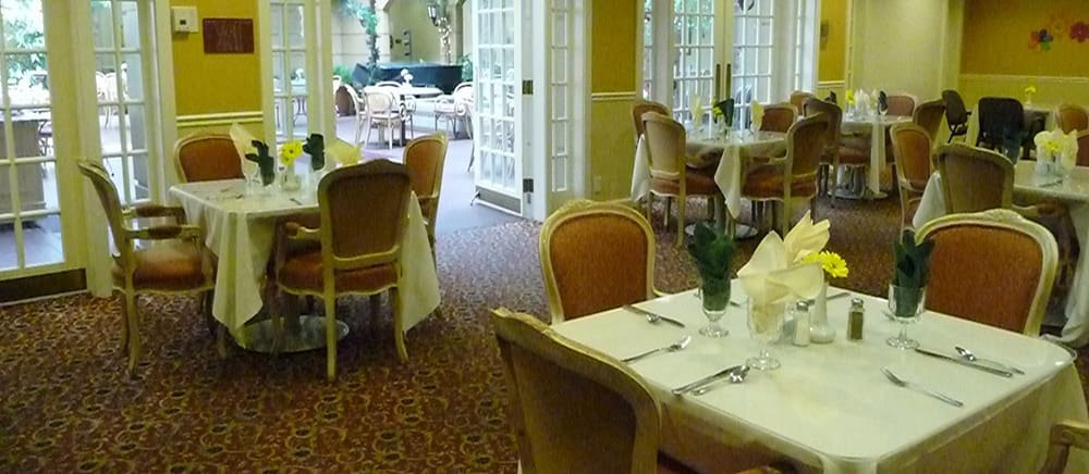 Indoor dining option at Salt Lake City senior living.