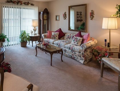 Spacious living room in Saint George senior living.