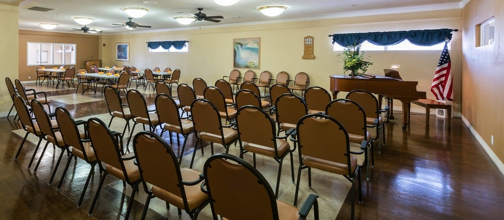 Large meeting room in Saint George senior living.