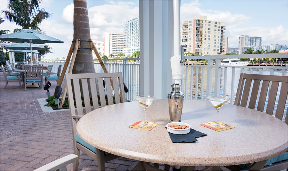 Beautiful amenities and exceptional care at Symphony at the Waterways in Fort Lauderdale
