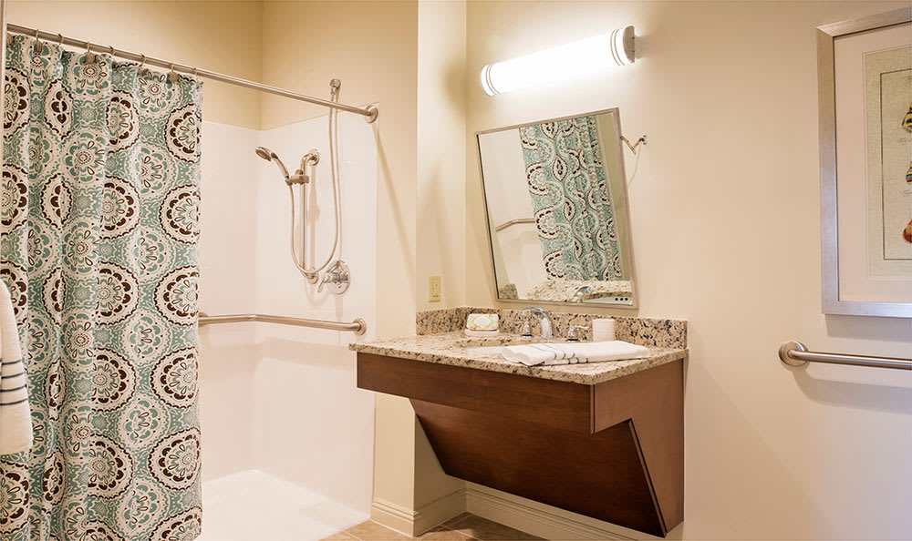 Private apartment bath at Symphony at the Waterways