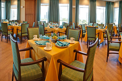 Dining room at Symphony at the Waterways