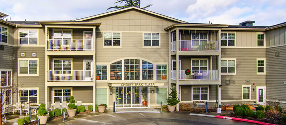 Beautiful exterior of senior living in Troutdale.