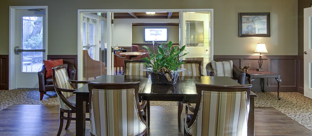 Comfortable lobby at Troutdale senior living.