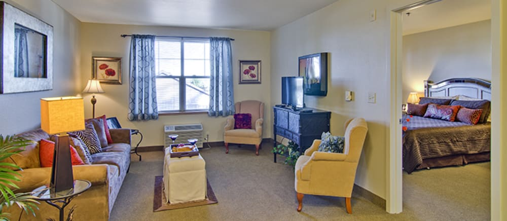 Troutdale senior living includes spacious apartments.