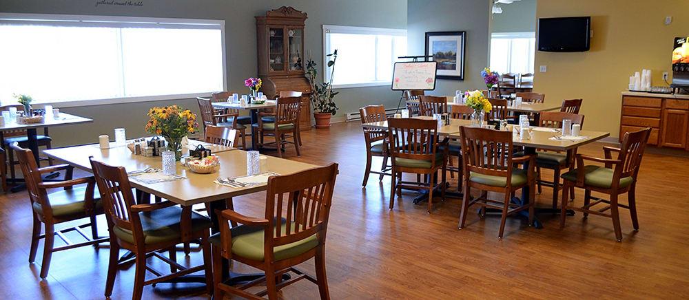 Calumet senior living includes casual dining.
