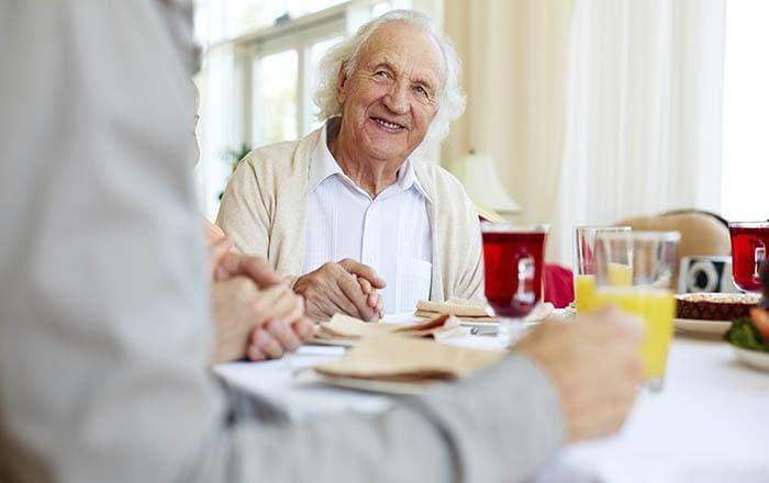 Fine dining at Fallon memory care