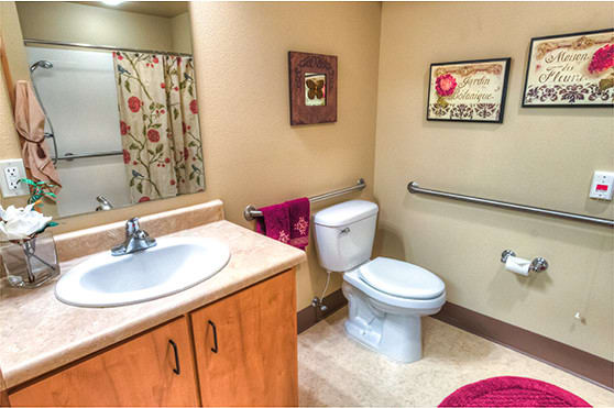 The Lodge apartment bathroom