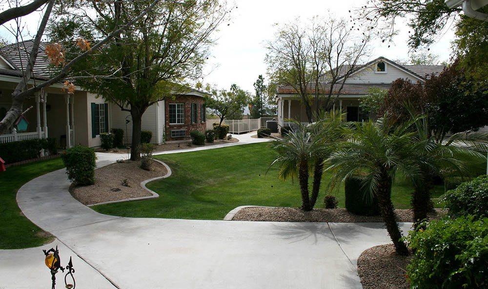 Take a stroll at Mesa senior living