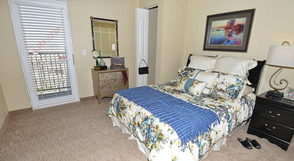 Apartment bedroom at Caliche Senior Living in Casa Grande.
