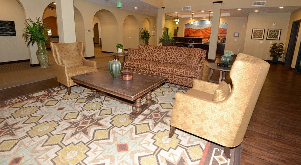Sitting area at Caliche Senior Living in Casa Grande.
