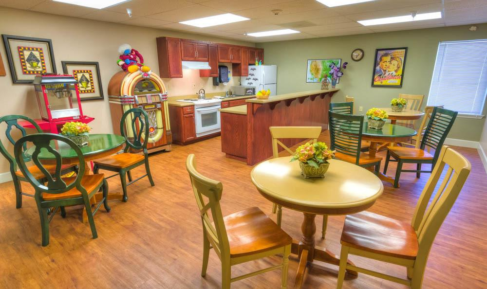 Cafe at Eagle Lake Village Senior Living in Susanville.