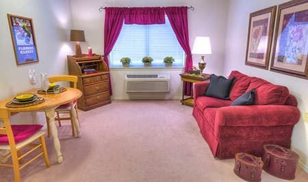 Living room at Eagle Lake Village Senior Living