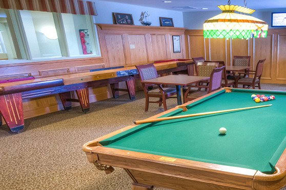 Game room at Glenwood Place Senior Living
