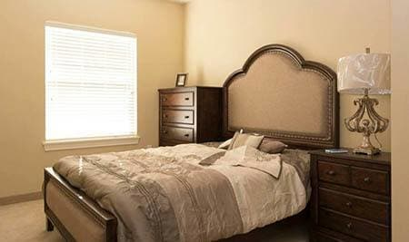 Large bedroom at Bullhead City senior living