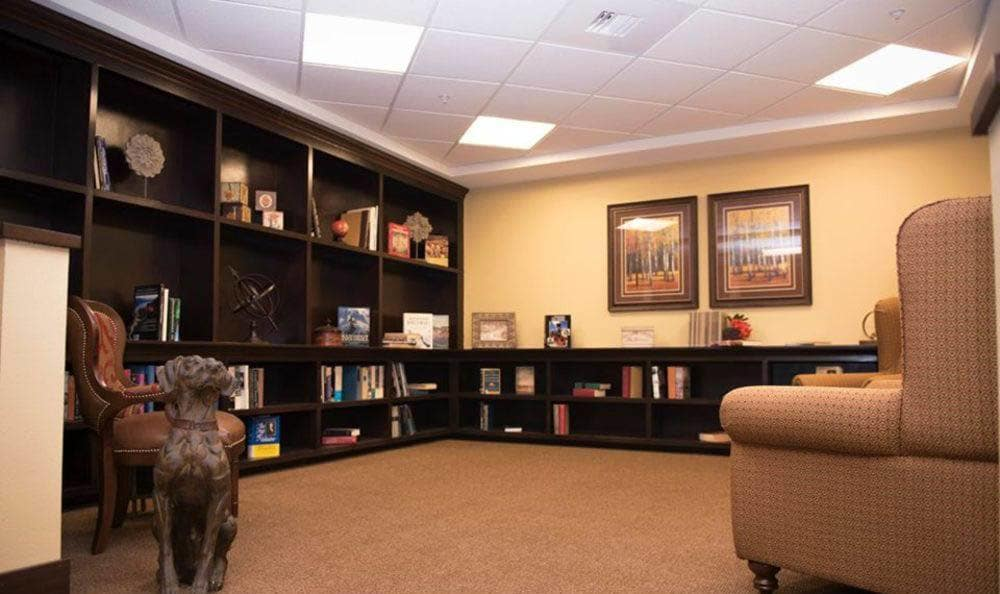 Joshua Springs Senior Living large reading area in Bullhead City.