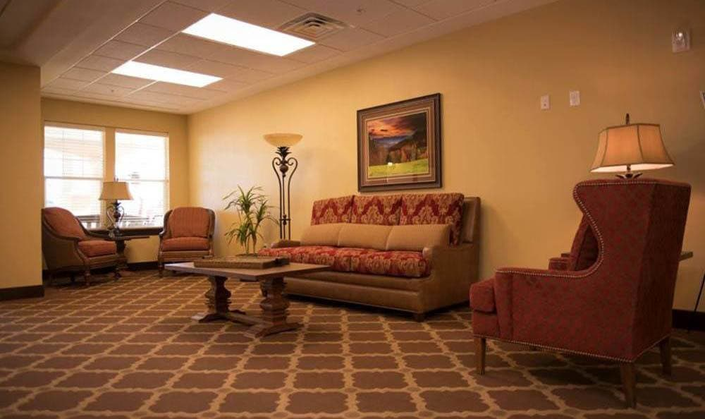 Joshua Springs Senior Living large sitting area in Bullhead City.