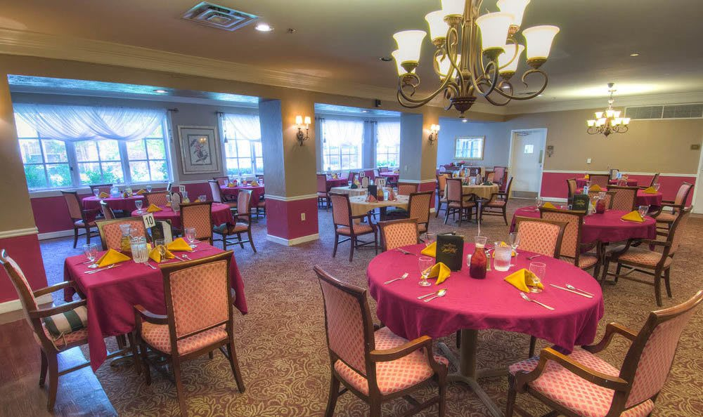 Gorgeous Dining Room at Mansion at Waterford Assisted Living in Oklahoma City.
