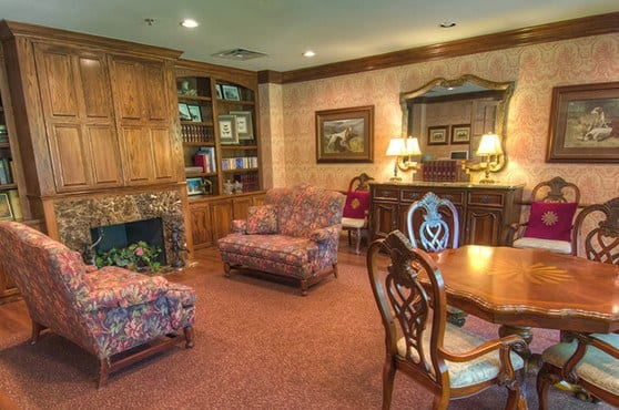 Library at Mansion at Waterford Assisted Living