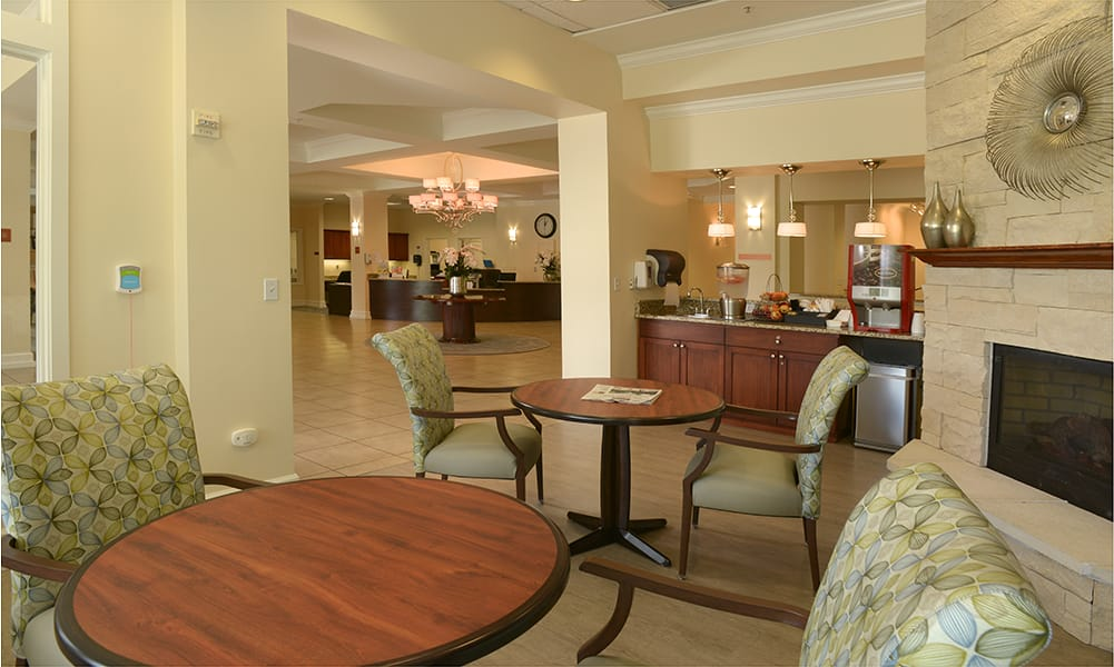 Relax with friends at Maple Leaf Assisted Living & Memory Care  in Seattle.