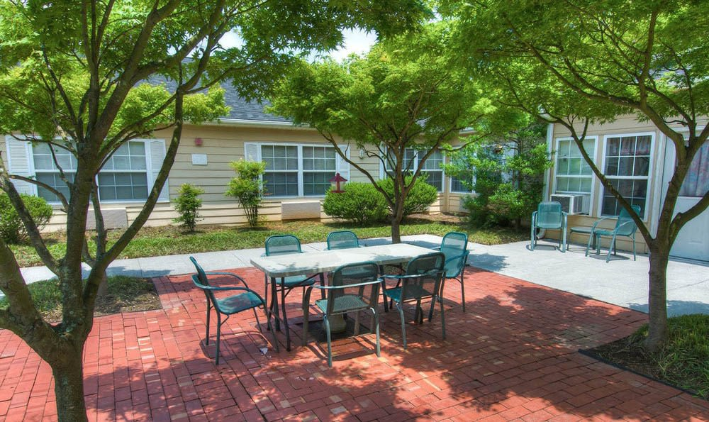 Backyard Courtyard At Pheasant Ridge Senior Living in Roanoke.