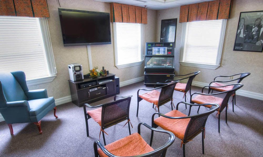 Pheasant Ridge Senior Living Community Theater Room