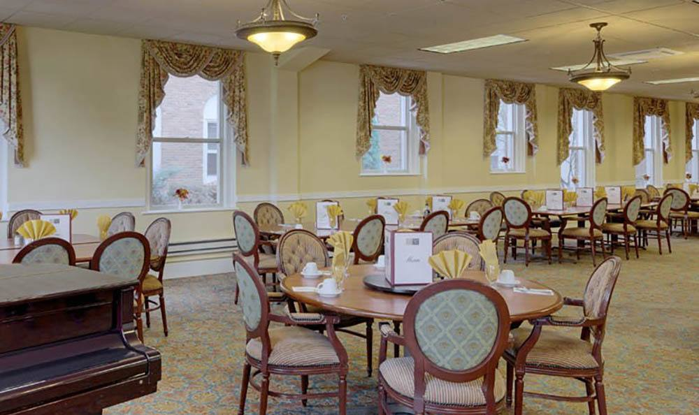 Community Dining Room At Queen Anne Manor Senior Living in Seattle.