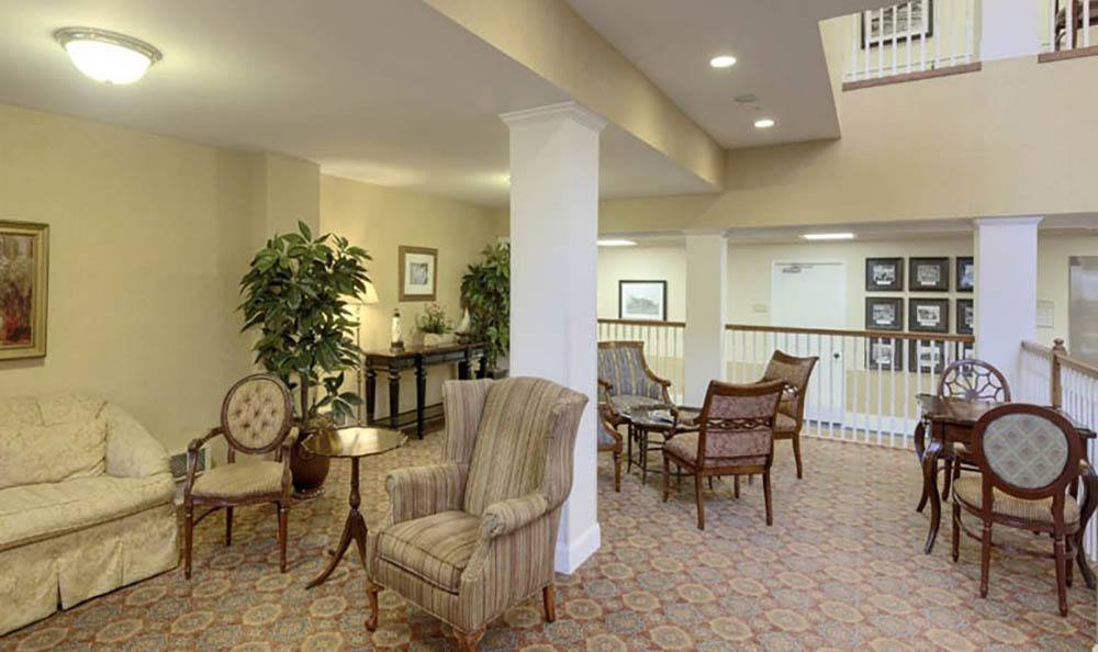 Welcoming Community Seating Area At Queen Anne Manor Senior Living.
