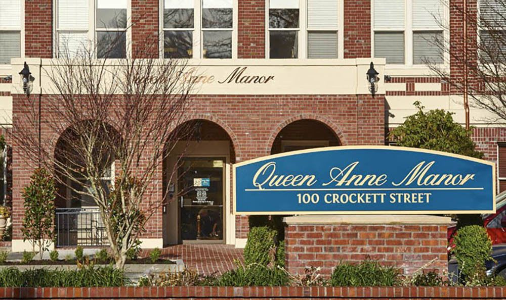Queen Anne Manor Senior Living Front Property Sign